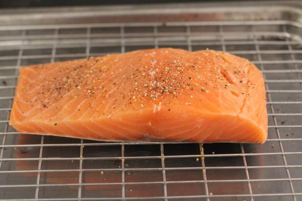 Raw salmon for roasting