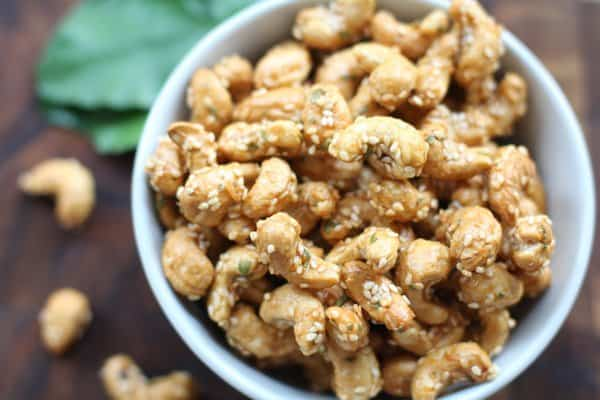 sriracha roasted cashews in a white bowl
