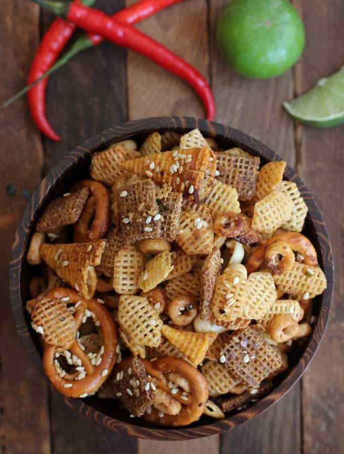 Sweet and Spicy Sriracha Snack Mix