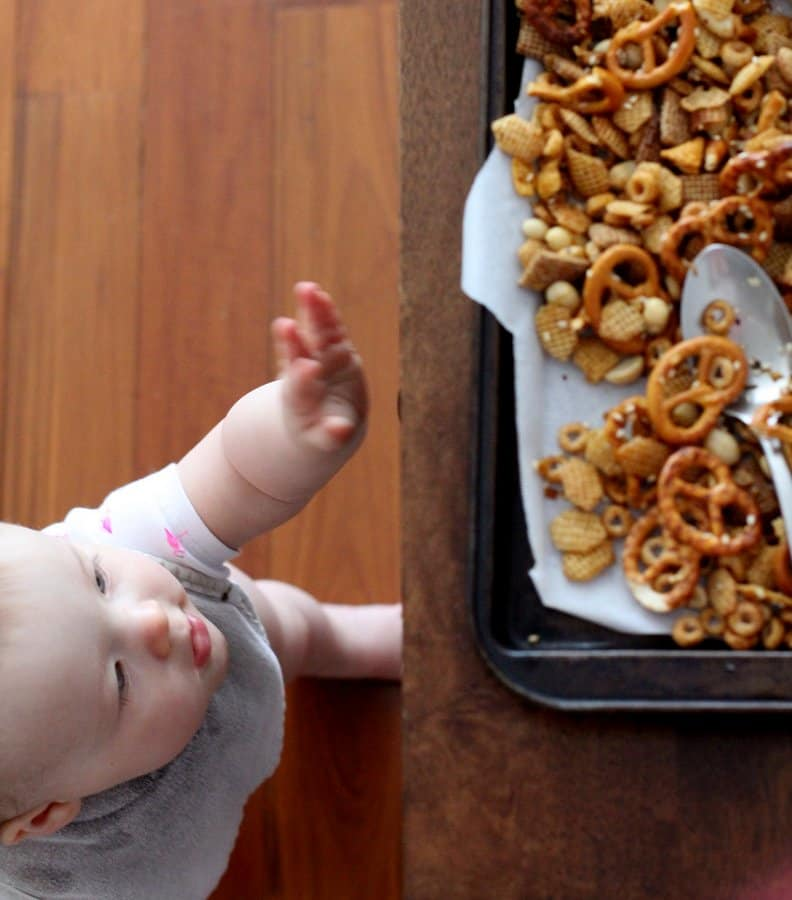 Sweet and Spicy Sriracha Snack Mix_Molly