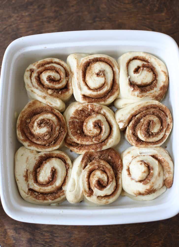 1 Hour Easy Cinnamon Rolls in the pan