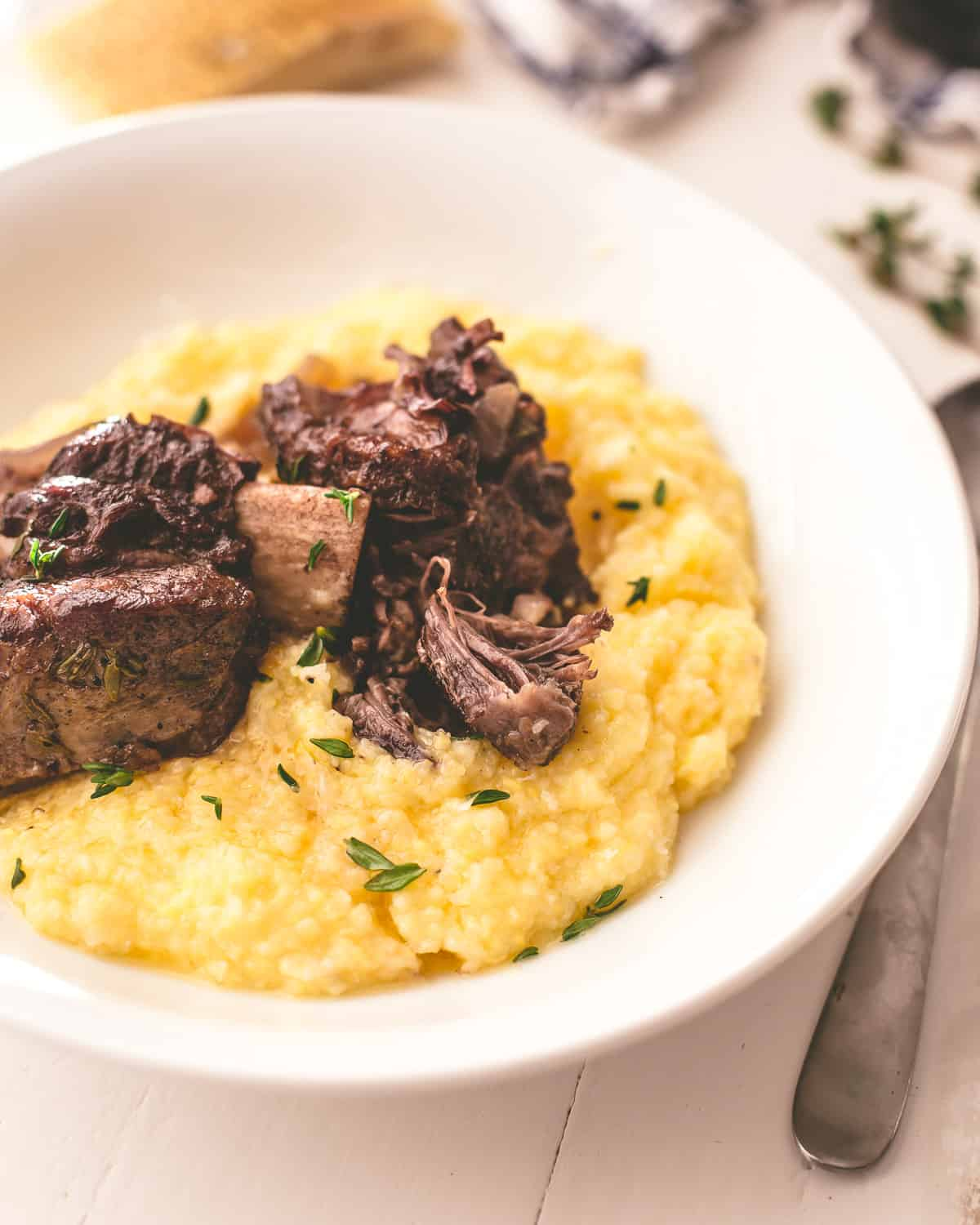Braised Red Wine Short Ribs Recipe Easy Step By Step Inquiring Chef