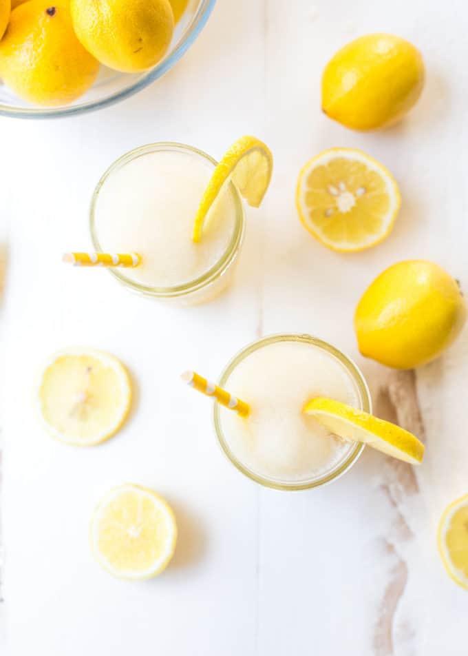 Bourbon Lemonade Slush in mason jars