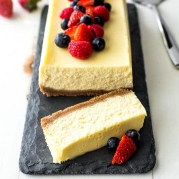 Slow Cooker Classic Cheesecake