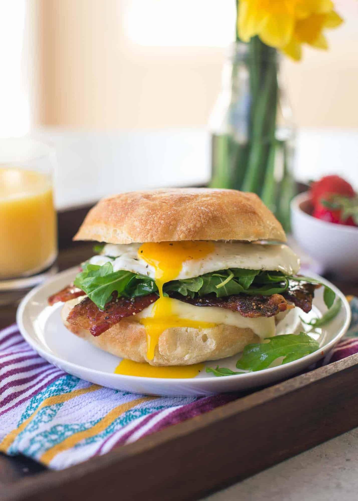 egg, brie and arugula sandwich