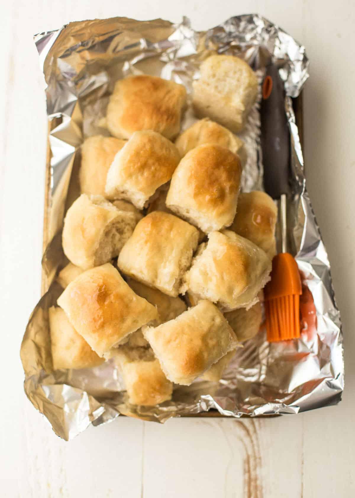 dinner rolls in foil